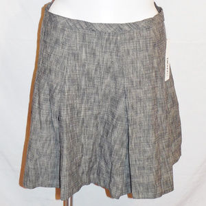 14 DKNYC Black Gray Crosshatch Pleated Skirt NWT